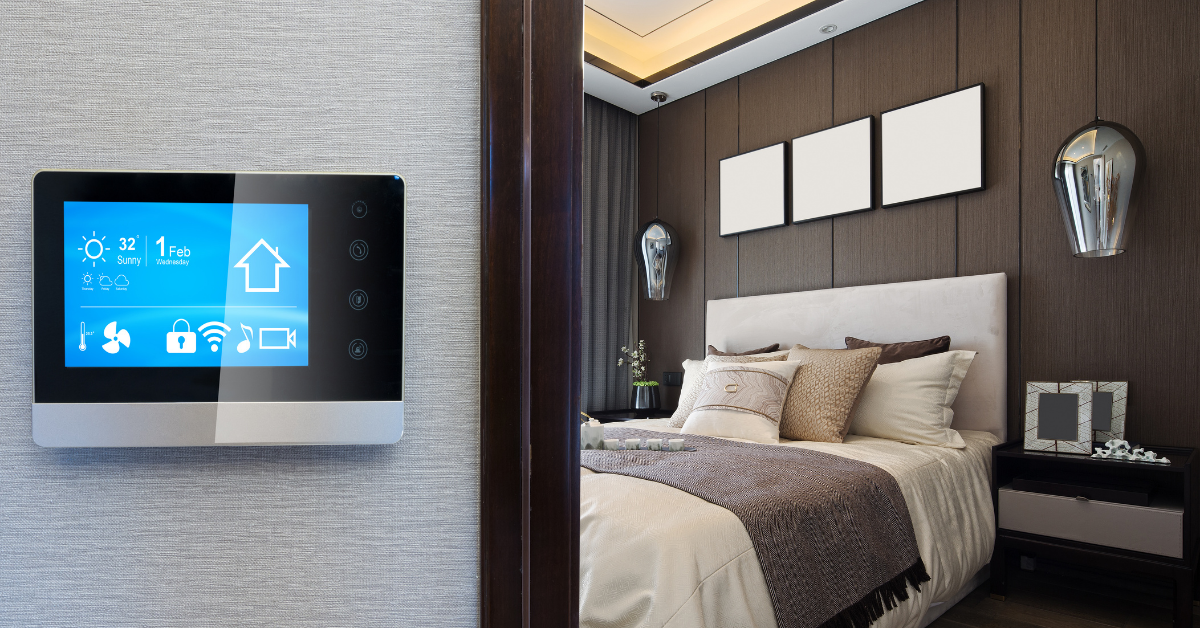 Smart home visualization with a smart thermostat outside of a bedroom